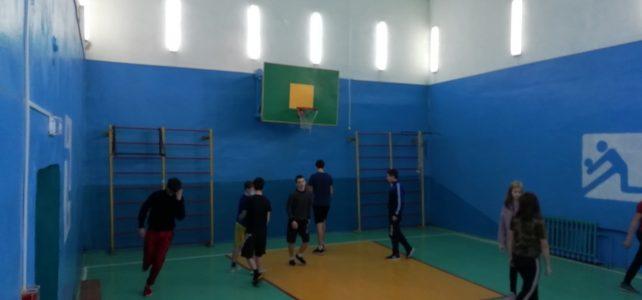 Подготовка к предстоящему первенству района по баскетболу